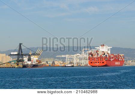 Alameda, CA - March 9, 2015: Oakland Oakland Container Shipyard, San Francisco Bay, the Hamburg Sud ship