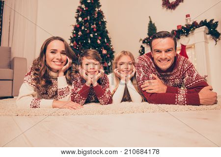 Four Attrctive Bonding Relatives, At Home, Married Couple Of Brunet And Brunette Haired, Excited Sib