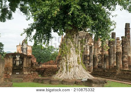 The Sukhothai Historical Park Covers the ruins of Sukhothai capital of the Sukhothai kingdom