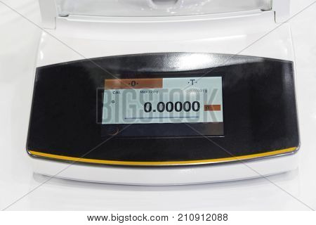 the laboratory high precision weighing scale ;