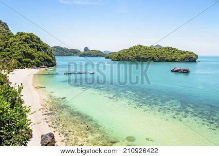 High angle view beautiful natural landscape of the beach floating pier islands and sea in summer from Ko Wua Talap viewpoint at Mu Ko Ang Thong National Marine Park in Gulf of Thailand Surat Thani province