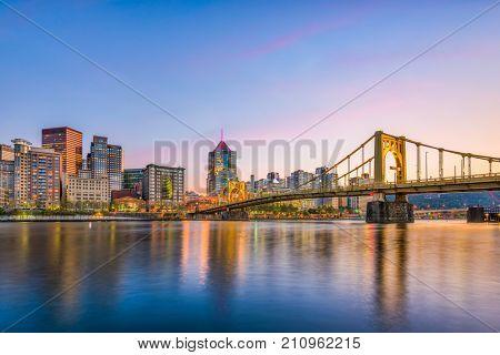Pittsburgh, Pennsylvania, USA city skyline on the river.