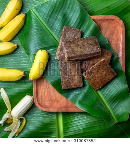 Easter Island Tahitian Polynesian Banana Pie Pupping Poe On Wooden Plate On Banana Palm Tree Leaves