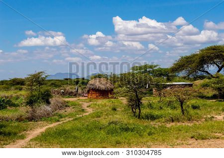 African Traditional Hut, Kenya. African Traditional Hut In Kenya