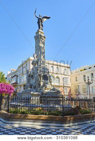 Monumento To Marques De Comillas Marquis In The Jardines De Alameda Apodaca Gardens. Cadiz, Andalusi