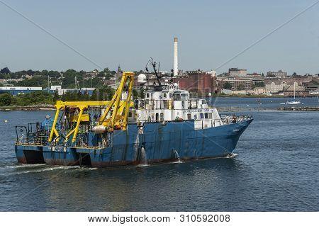 New Bedford, Massachusetts, Usa - July 9, 2019: Survey Vessel Shearwater, Hailing Port New York, New