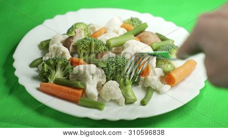 Lunch Vegetarian Dish With Vegetables. 4k Uhd 3840x2160 Video Clip