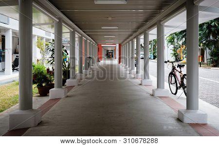 Singapore-02 Mar 2019:singapore Hdb Area Shelter Walkway Corridor View