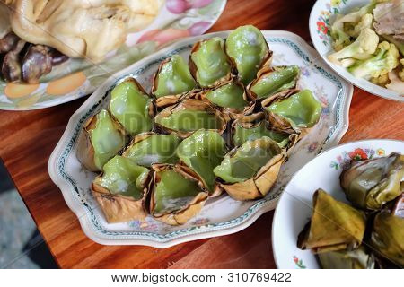Sticky Rice Cake Or Nian Gao For Pay Respect To Ancestor, Chinese New Year And Qingming Festival.