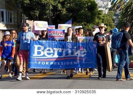 San Francisco, Ca - June 28, 2019: Unidentified Participants Holding A Signn For Bernie Sanders, Par