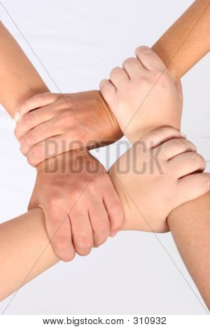 Interlocked Hände