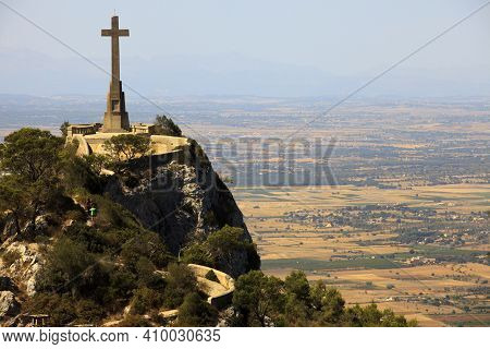 Felanitx, Majorca / Spain - August 25, 2016: Cross On A Rock Near Santuari De Sant Salvador Monaster