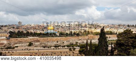 Jerusalem panoramic view of the old city