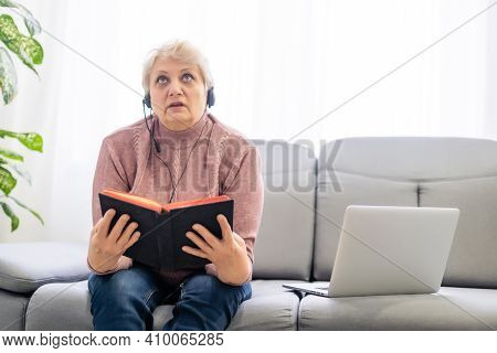 Woman Praying And Worship To God With Church Online Sunday Service. Live Church With Bible. Woman Pr