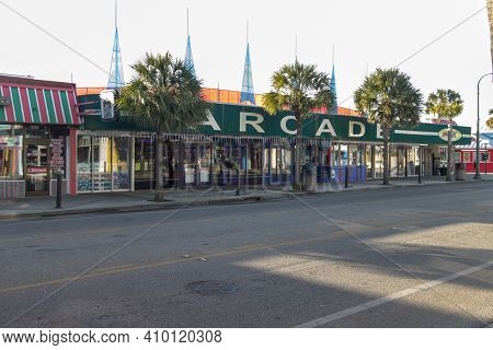 Myrtle Beach, South Carolina, Usa - February 25, 2021: Entrance Of Vintage Arcade Located In The Dow