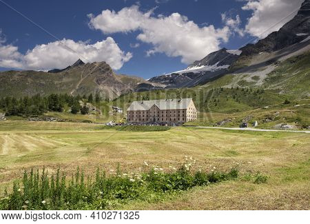 The Simplon-hospiz Is An On The Simplon Pass Which Connects Brig In The Swiss Canton Valais With Dom