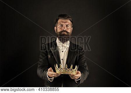 Reputation And Status. Glory And Ambitions. King Crown. Royal Coronation Symbol. Now Come And Make I