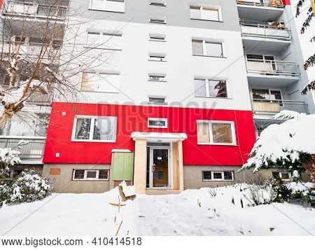 Snowy Access To A Panel House With Thermal Insulation Facade. Cheap Housing In The Suburbs.