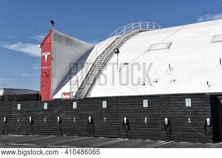 HAWTHORNE, CALIFORNIA - 17 FEB 2020: Tesla Design Center, at SpaceX Headquarters.