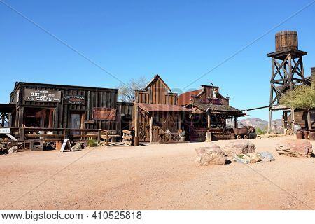 APACHE JUNCTION, ARIZONA - DECEMBER 8, 2016: Shops at the Goldfield Ghost Town, in Apache Junction, Arizona, off of Route 88.
