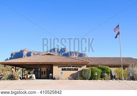 APACHE JUNCTION, AZ - DECEMBER 8, 2016: Superstition Mountain Museum. The 15 acre site is a popular tourist attraction featuring the Elvis Memorial Chapel.