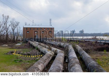 Jefferson, La - January 25: Sewerage And Water Board Pump Station On The Mississippi River On Januar