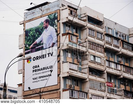 Chisinau, Moldova - Nov 1, 2018: Large Ooh Advertising Banner In Central Chisinau With Orhei Tv On T