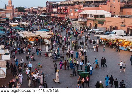 Marrakesh, Morocco - Oct 21, 2019: Jemaa El Fna Market Square With Koutoubia Mosque, Marrakesh, Moro
