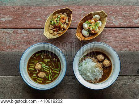 Thai Style Boat Noodles