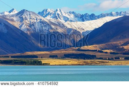 Amazing natural landscapes in New Zealand.  Mountains lake.