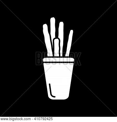 Breadsticks Dark Mode Glyph Icon. Cafe Bread Snack. Restaurant Appetizer. Cafe Salty Crusty Treats.