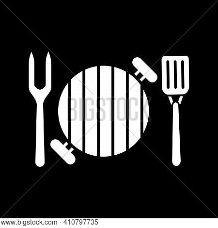 Barbecue Utensils Dark Mode Glyph Icon. Bbq Appliance For Cooking Steak. Tools For Grilling Meat. Eq