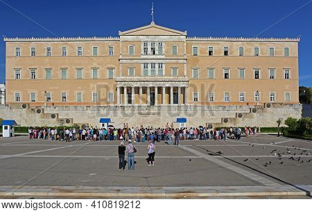 Athens, Greece - May 04, 2015: Tourists Crowds And Changing Guards Ceremony In Front Of Hellenic Par