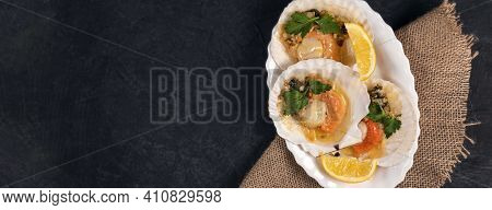 Banner With Baked Scallops With Caviar And Creamy Garlic Sauce In White Plate. Scallops With Lemon O