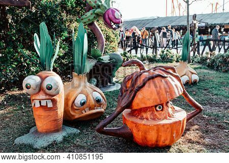 Halloween Animated Vegetables Pumpkin Onion With Eyes Carrot With Mouth
