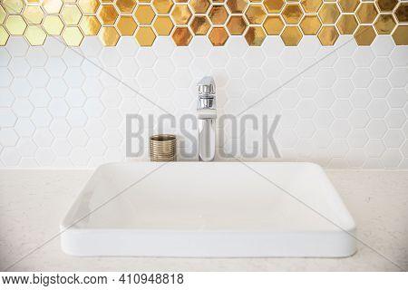 Luxury And Stylish White Sink In Modern Bathroom Interior. Luxury White Porcelain Sink On A Bathroom