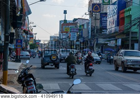 14.11.2011, Chiang Mai, Thailand. Rush Hour In The City Of Chiang Mai In Northern Thailand. High Qua
