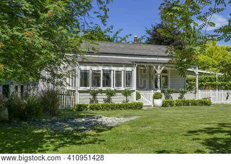 House In Arrowtown, A Historic Gold Mining Town In The Ontago Region Of The South Island In New Zeal