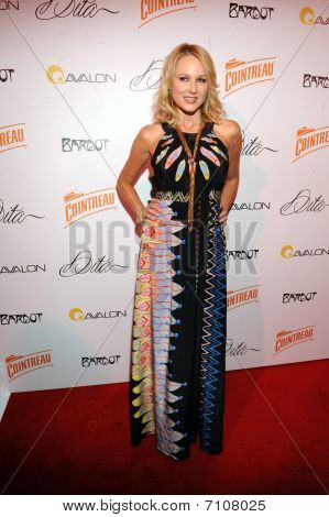 Jewel on the red carpet.
