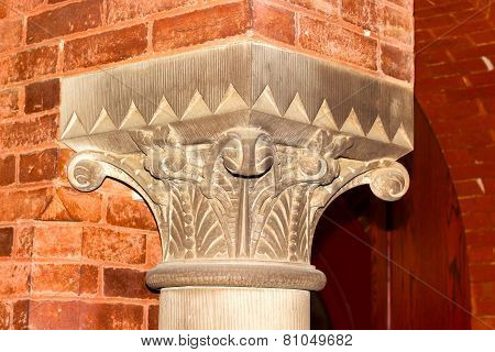 Top (capital) of interior column in the Georgetown University hall.