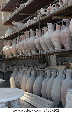 Pompei Roman Amphoras