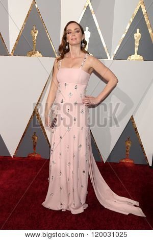 LOS ANGELES - FEB 28:  Emily Blunt at the 88th Annual Academy Awards - Arrivals at the Dolby Theater on February 28, 2016 in Los Angeles, CA
