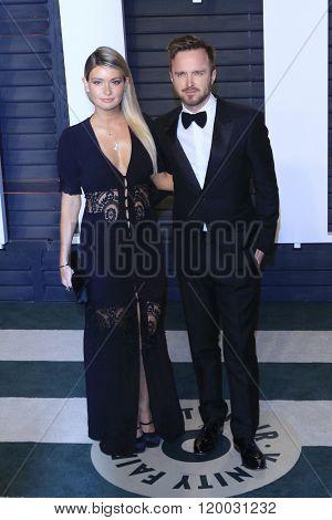 BEVERLY HILLS - FEB 28: Aaron Paul, Lauren Parsekian at the 2016 Vanity Fair Oscar Party on February 28, 2016 in Beverly Hills, California