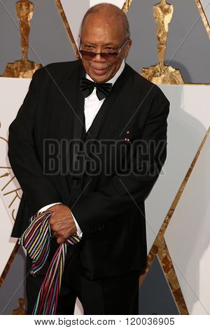 LOS ANGELES - FEB 28:  Quincy Jones at the 88th Annual Academy Awards - Arrivals at the Dolby Theater on February 28, 2016 in Los Angeles, CA