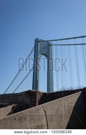 Verrazano-narrows Bridge