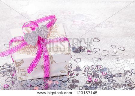 Gift, Valentine's Day, Hearts