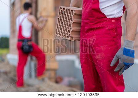 Builder Holding Air-brick