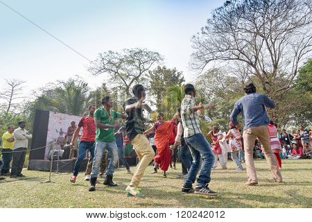 KOLKATA INDIA - FEBRUARY 8 2015 : Young crowd from different cultures across the world are dancing in Sufi Sutra International Dance festival on field. It is a popular annual dance program in Kolkata.