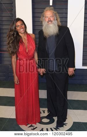 BEVERLY HILLS - FEB 28: Mourielle Herrera, Rick Rubin at the 2016 Vanity Fair Oscar Party on February 28, 2016 in Beverly Hills, California