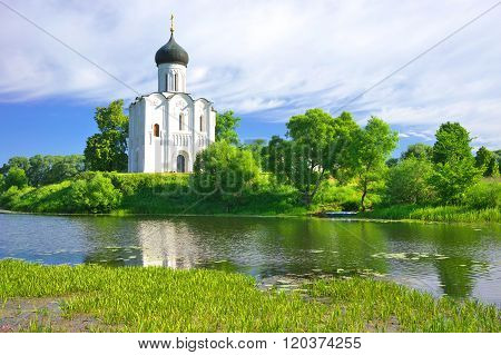 Church of the Intercession on the Nerl. Russia, the village Bogolyubovo.